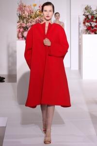 מעיל אדום גדול