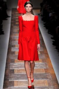 בגד אדום